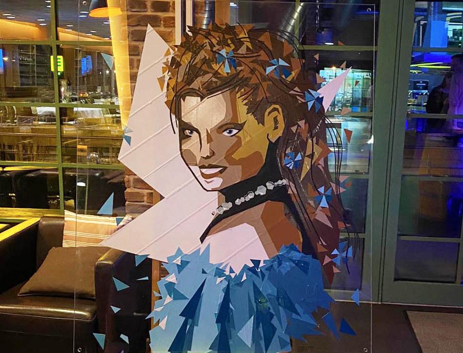 4TAPE-ART-DUMBOANDGERALD-Veranstaltung-Feier-sissi-Portrait-Stuttgart